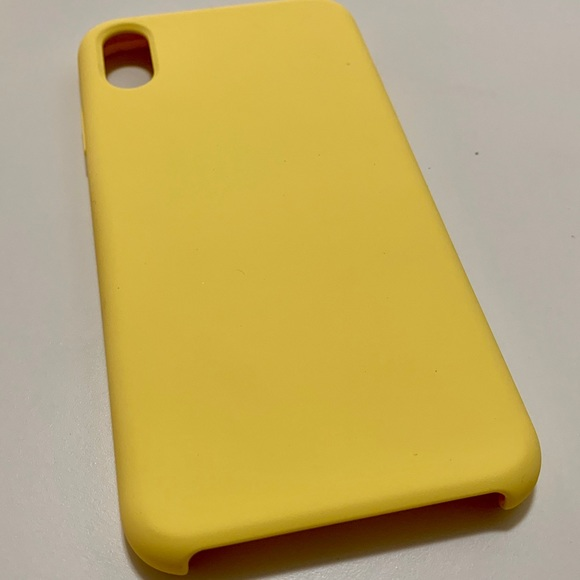 apple iphone xs max case yellow